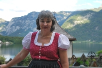 Donning the dirndl in Hallstatt