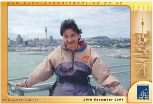 Auckland Bridge Climb, 2001