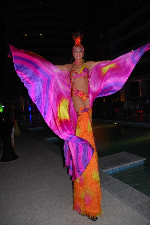 A stilt-walker at Saturday night's ProBlogger Training Event soiree.