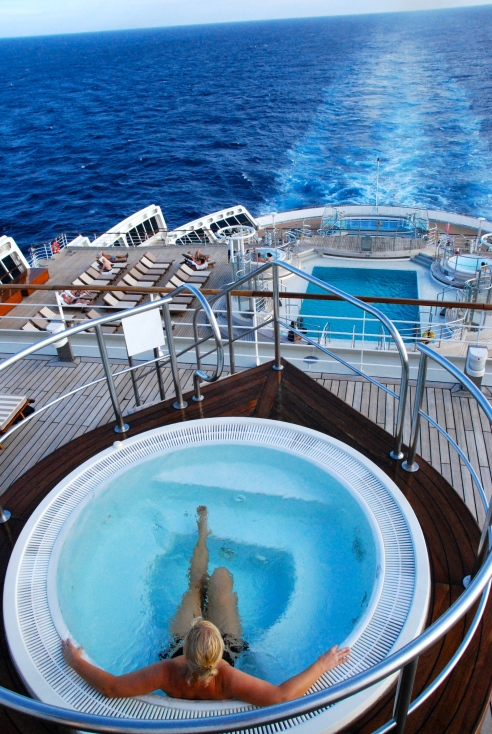 Pools on the aft deck (reserved for Queens and Princess suite passengers only).
