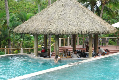 Swim-up bar at Outrigger on the Lagoon Fiji