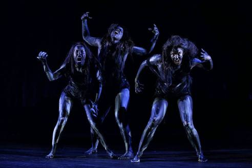 Macbeth WITCHES, image Rob Maccoll_n