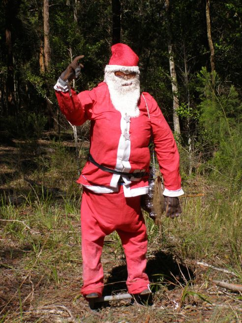 Waving Santa, on the Oxley Highway, near Wauchope, NSW.